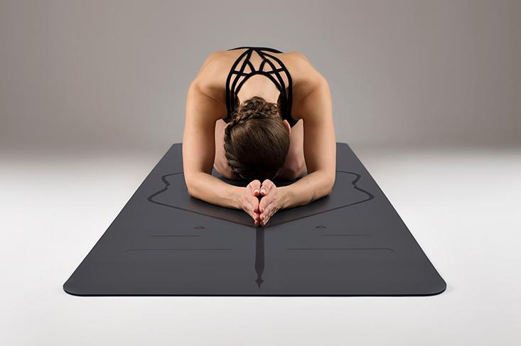 Liforme Yoga Mat Review - Is this the Best Yoga Mat in the Market?