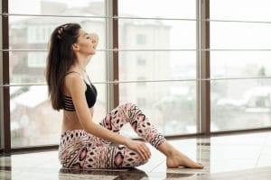 What To Wear With Yoga Pants? Find Out Here
